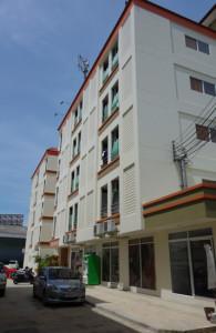 借りていたアパート「タイ・中部」(撮影2013年5月時点)
